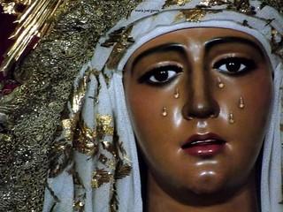 Nuestra Señora de la Esperanza. Hermandad de la Esperanza de Triana. #Sevilla #Madrugá