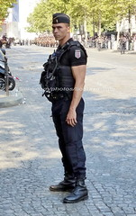 """bootsservice 18 820201 (bootsservice) Tags: police """"police nationale"""" policier policiers policeman policemen officier officer uniforme uniformes uniform uniforms paris"""