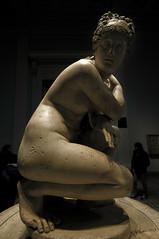 Venere con cellulite (Venus with cellulite) (Johan Haggi) Tags: england inghilterra london londra uk regnounito unitedkingdom darktable veneredilely britishmuseum statua sculpture venere venus aphrodite lelyvenus