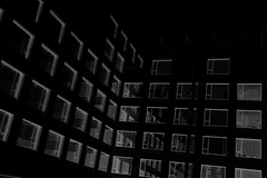 barcelona_punts de fuga_18 (hipòlit_pascual) Tags: barcelona bw blackwhite blancoynegro byn architecture arquitectura arquitectuacontemporánea building perspectiva