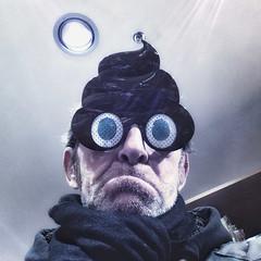 Shit Head (de Bosco) Tags: iphone joke brille eyeglasses augen eyes emoji shit