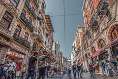 ISTANBUL (01dgn) Tags: istanbul istiklalcaddesi türkiye taksimtünel turkey türkei travel streetphotography beyoğlu canoneos77d europa europe avrupa