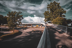Scharbeutz (baltic sea) - dry august day (relaxedhothead) Tags: fuji xt2 lightroom samyang 12mm f2 selfmade preset august footbridge stormy clouds scharbeutz baltic sea