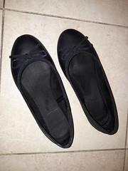 Black ballet shoes up (ninel1940) Tags: balet ballet ballerina balerina shoe shoes flats
