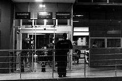 Praça Alencastro, Cuiabá, Mato Grosso, Brasil (fotografia analógica - Nikon F401S, Kodak TMax P3200, D-76 stock). (Paulisson K. Miura) Tags: kodak tmax p3200 3200 film filmphotography filmphoto filme filmcamera filmisnotdead analog analógica analogue analogcamera fotografiaanalógica câmeravelha 35mm 35mmfilm 135 blackandwhite pretoebranco gray grey greyscale bw bnw pb night light life noite dark lowlight cuiabá mt matogrosso brasil brazil brazilian brésil street streetphotoraphy d76 developing developer homedeveloped revelação revelador urbano urban urbanismo urbanização urbana urbanism nikon f401s n4004s 50mm 50mmlens stock lightroom paulissonmiura