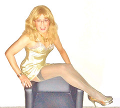 World Womens Day (Katvarina) Tags: beauty androginy androgyn androgynouos ambigendered androginity cd heels crossdress crossdresser crossdressing femfigure kat legs m2f pansexual metrosexuality reddress shemale smile tgurl tgirl sweetie tranny trannie trannnygirls transgirl transgurl transidentity transpeople transfemme transexual transdoll trannygirl transgender transsexual transsister transsisters waist wellshaped