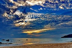 Tuesday clouds, calm evening (gerard eder) Tags: world travel reise viajes asia southeastasia burma birmania birma myanmar ngapalibeach ngapali clouds tuesdayclouds martesdenubes sky wolken himmel beach strand playa blue bluehour atardecer sunset puestadesol sonnenuntergang nubes landscape landschaft paisajes panorama outdoor happyplanet asiafavorites