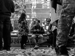 ... (Ewedan Photography & Art) Tags: blackwhite bw blackandwhite bnw bild czarnobiale czarnobiało czarnobiałe canon danielslominski deutschland ewedan einfarbig mensch people menschen germany reisen foto fotografia fotografie g7xmii g7x human hamburg image images pic picture pictures jarmark mono monochrome obraz photo photography schwarzweiss streetphotography strase streetart schwarzweis streetstyle los hamburgerdom