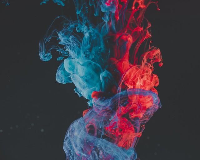 Обои краска, жидкость, сгустки, абстрактный картинки на рабочий стол, фото скачать бесплатно