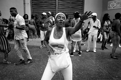La Tropical (michael.mu) Tags: 35mm cuba havana leica mm246 monochrom summicron yellowfilter leicasummicronm1235mmasph dancing latropical salonrosadodelatropical salsa streetphotography