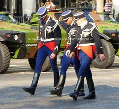 "bootsservice 18 800667 (bootsservice) Tags: armée army uniforme uniformes uniform uniforms bottes boots ""ridingboots"" motard motards biker motorbike gants gloves gendarme gendarmes ""gendarmerienationale"" parade défilé ""14juillet"" ""bastilleday"" ""champselysées"" paris"