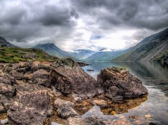 Wastwater Clouds 2017 (Ian Gedge) Tags: england english uk britain british cumbria lakedistrict lake mountains rocks landscape wastwater