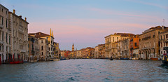 Golden hour on the Grand Canal (Stewart Stein) Tags: stewstein stewbruste grandcanal goldenhour venice italy veniceitaly canal canals venizia sunset streetphotography architecture