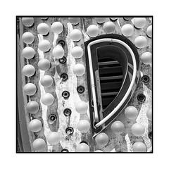 neon 2 • las vegas, nv • 2018 (lem's) Tags: neon lettre marquee enseigne casino r las vegas nevada nv bulbs ampoules minolta autocord