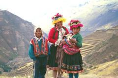 Pisac Kids (jimarx) Tags: jimarx peru cusco southamerica pisac llama alpaca