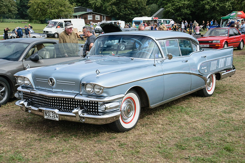 Buick Limited Riviera 4-dr Hardtop (1958)