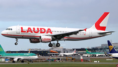 OE-LOO (Ken Meegan) Tags: oeloo airbusa320214 3027 laudamotion dublin 932019 airbusa320 airbus a320214 a320 b6311