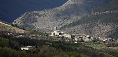 pieve_fav01 (fabio merelli) Tags: pievefavera terremoto medievale torre impalcatura marche sibillini macerata