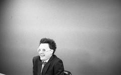 b a touch of sarcasm (Ian Allaway) Tags: minimal portrait analogue 35mm fomapan 400 nikonfm2