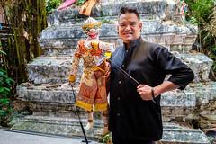 The Master Puppeteer at The Artist's House (Baan Silapin) in Bangkok (Goran Bangkok) Tags: artist baansilapan klongbangluang puppet bangkok thailand culture history tradition puppeteer classic chedi
