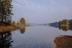 October morning (Klas-Herman Lundgren) Tags: dalarna sweden gimmen autumn höst oktober october lake sjö vatten sunrise still yellow red blue sifferbo se