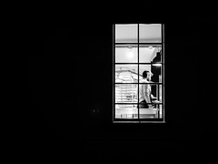 Dans la quiétude de la nuit, le boulanger. (franleru1) Tags: belgique belgium brussels bruxelles détaildarchitecture fenêtre francoiselerusse night nuit window architecture blackandwhite citylife graphic minimalism minimalisme monochrome noiretblanc photoderue streetphotography urbain