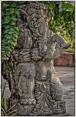 ஸ்ரீ விக்ன விநாயகர் பாதம் நமஸ்தே.. (Ramalakshmi Rajan) Tags: sculpture tajvivanta bekal nikon nikond5000 nikkor18140mm travel india vinayaga ganesha lordganesha