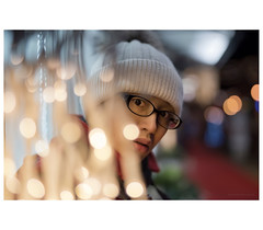 _PXK9204b (Concert Photography and more) Tags: 2018 italy gradiscadisonzo pentax petnaxk1 portrait woman leady lights hdpentaxdfa50mmf14sdmaw pentax50mmf14 portraitphotography bokeh liveactionhero street outdoorshot december