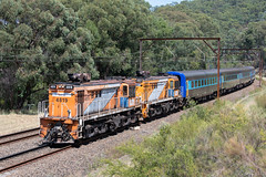 Certainly Unusual (Henry's Railway Gallery) Tags: 4819 4827 48class alco diesel nswtrainlink ht82 emuplains sydneytrains