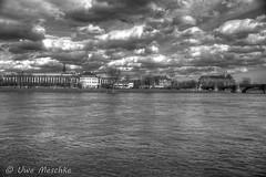 Stürmischer Frühling in Dresden (binax25) Tags: dresden elbflorenz spring fühling sturm clouds wolken hdr elbe river fluss bellevue hotel blockhaus panorama