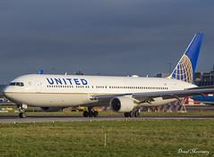 United Airlines 767-300(ER) N677UA (birrlad) Tags: dublin dub international airport ireland aircraft aviation airplane airplanes airline airliner airlines airways taxi taxiway takeoff departing departure runway boeing b767 b763 767 767300er 767322er n677ua united ua22 newark