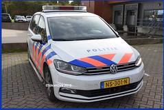 Dutch Police Touran 1. (NikonDirk) Tags: police politie nikondirk nederland netherlands holland nikon cop cops hulpverlening dutch emergency enforcement trailer foto ken kennemerland noord volkswagen touran transporter incident 7kbb17 01sbl9 ns301n