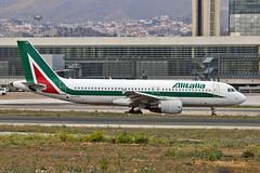 EI-DTO Airbus A.320-216 Alitalia AGP 31-03-19 (PlanecrazyUK) Tags: lemg malaga–costadelsolairport malaga costadelsol eidto airbusa320216 alitalia agp 310319