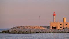 Capitainerie - Menton (hervétherry) Tags: france provencealpescôtedazur alpesmaritimes menton canon eos 7d efs 18200 cote azur riviera paca mer sea phare lighthouse capitainerie