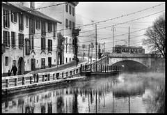 Autunno sul Naviglio Grande a Milano (claudiobertolesi) Tags: naviglio navigliogrande milano biancoenero lombardia ponte road autunno water oldhouse case claudiobertolesi 2015 landscape