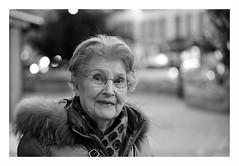 """Dites-moi..."" (The Blue Water Lily's Company) Tags: fdrouet nb bw monochrome monochrom portrait retrato femme woman madame nikon d610 street rue"