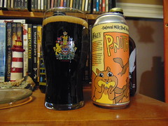 BreWskey P-Nut Buster (Squirrel with peanut) (Quevillon) Tags: beer bière glass ratebeer can brewskeypnutbuster pubbrewskey lacompagniedebièrebrisset stout