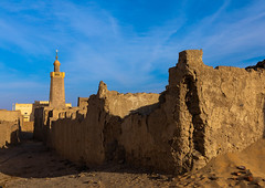 Al-Hassanab mosque, Northern State, Al-Khandaq, Sudan (Eric Lafforgue) Tags: abandoned adobe africa alhassanab alkhandaq ancient architecture building builtstructure colorimage copyspace day dongolaregion elkhandaq hassanab historic historicsite historical horizontal house housing islam islamic minaret mosque mudbrick nopeople northsudan northernstate northernsudan ottoman outdoors photography placeofworship religion religious ruralscene spirituality sudan sudan180398 traditional travel traveldestinations turkish village