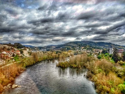 """Ourense. Río Miño. Galicia. España. • <a style=""""font-size:0.8em;"""" href=""""http://www.flickr.com/photos/26679841@N00/46422086745/"""" target=""""_blank"""">View on Flickr</a>"""