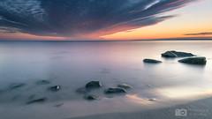 Brodtener Ufer Steine vor Sonnenaufgang (sebastian.stahlkopf) Tags: haida canoneos77d canon1022mm balticsea ostsee brodtenerufer strand beach longexposure langzeitbelichtung sonnenaufgang sunset