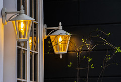 Lights (bhermann.hamburg) Tags: hamburg pöseldorf licht lampe lights nacht night lamp
