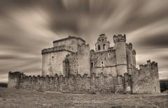 Castillo de Turégano (juankarlosmedina) Tags: castilla castillo segovia clouds cielo fotografía filtro nd wallpaper paisaje spain sky españa bw blancoynegro hdr