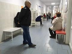 IMG_6809 (Бесплатный фотобанк) Tags: россия краснодар поликлиника больница коридор пациенты