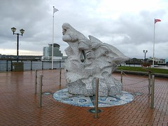 Cardiff (menchuela) Tags: cardiff march city menchuela streetart cardiffbay