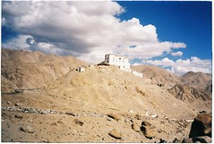 (grousespouse) Tags: ladakh 35mm analog film canonautoboyii sureshot af35m autoboy analogue landscape leh india kashmir himalayas mountains tibet gompa sky cloud colour colorfilm colourfilm scanned phim dep travel argentique croplab grousespouse 2018