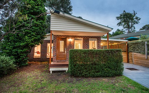 5B Bambury Place, Ferntree Gully VIC 3156