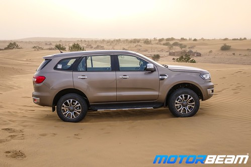 2019-Ford-Endeavour-12