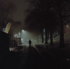 (Benjamin Skanke) Tags: yashica mat 124g portra 160 kodak analog film fog night