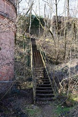 St-Pierre-la-Palud (Rhône) (Cletus Awreetus) Tags: france montsdulyonnais rhône stpierrelapalud industrie bâtiment usine cheminée mine fricheindustrielle architecture escalier métal