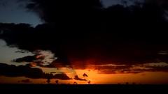 Le chemin des Romains (La.Main.Noire) Tags: nikon d7000 nikkor prime lens 35mm dx galloromain chemin sunset nuage soleil soir nature paysage aisne picardie home chezmoi hautdefrance ciel landscape
